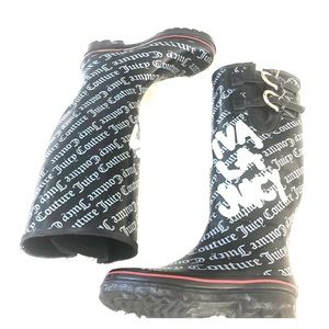 Juicy Couture  rain boots size 6